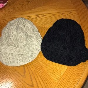 Set of two knit hats with a small flower